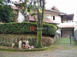 Dijual rumah di Tunjung Biru IDR 8.5 M Nego