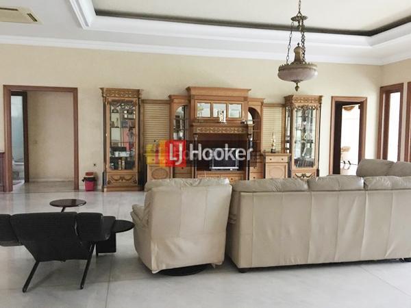 Rumah Bagus Siap Huni di Jl Sultan Agung Candi Semarang