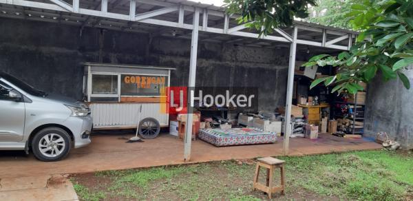 Rumah di Komplek Auri Bekasi