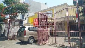 Rumah cocok untuk usaha di daerah Pleburan