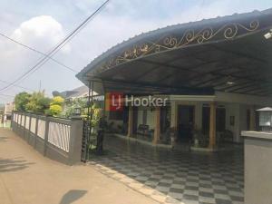 Dijual rumah di Pamoyanan Bogor Selatan IDR 4.5 M